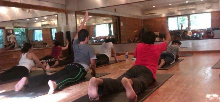 Bharat Thakur Artistic Yoga-Indiranagar-697_ythrci.jpg
