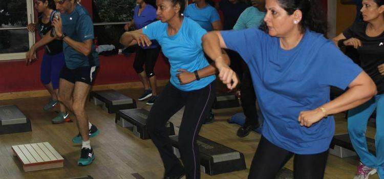 Figurine Fitness-Indiranagar-2080_qmpv3c.jpg