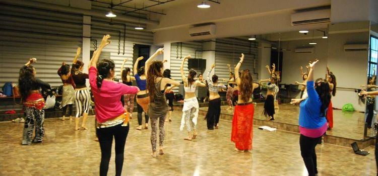 Lights Camera Dance-Kanakpura Road-2965_jzg9fe.jpg