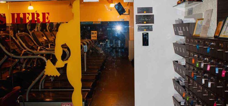 Gold's Gym Kandivali West, Mumbai | Fees & Reviews | Gympik