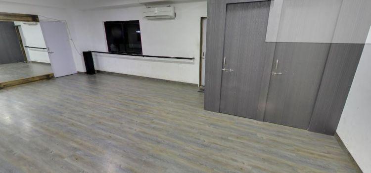8 Tarun Barot's Dance Studio-Shivaji Nagar-7267_cvddnk.jpg