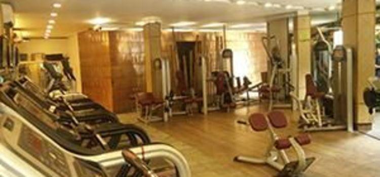 Elevate Fit Club-New Delhi-7662_fcbzky.jpg